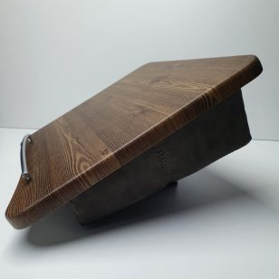 масичка за лаптоп с кожа
