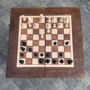 дървена маса за табла