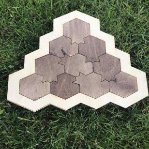 дървен пъзел игра на ума