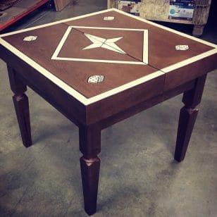 маса за табла от дърво